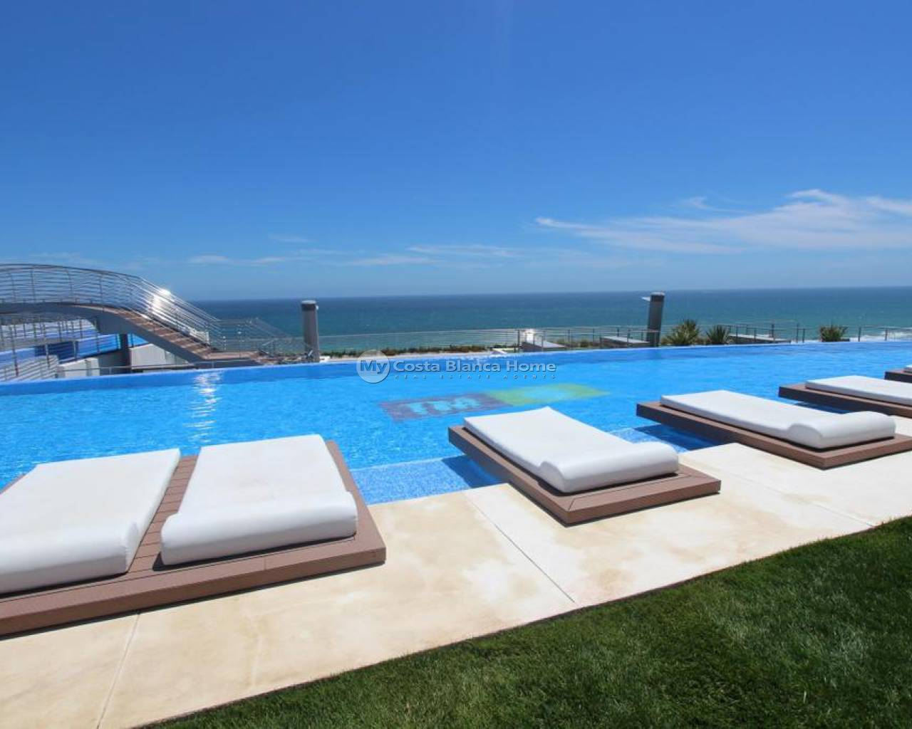 Resale - Apartment - Arenales del Sol - Infinity View