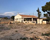 Resale - Country Property/Finca - Crevillente