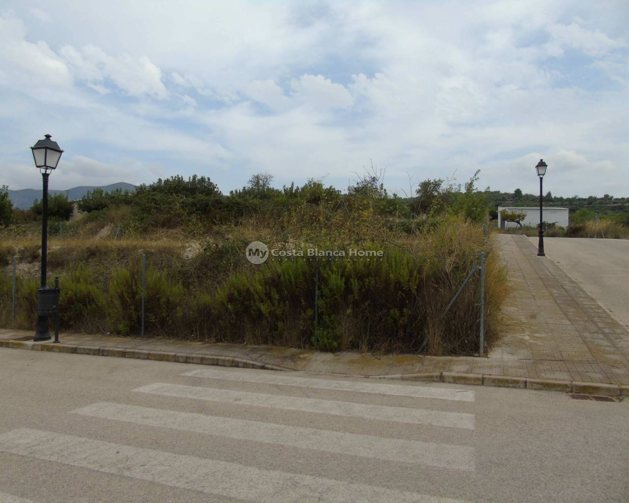 Resale - Plots and Land - Benimarfull